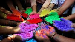 powder-paints-to-celebrate-holi-on-festival-of-colors-india