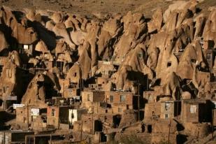 IRAN-Kandovan-Village.jpg