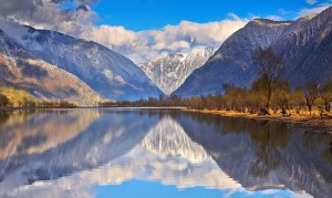 lake-teletskoye-altai-republic-russia