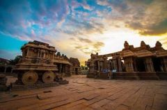 This image has an empty alt attribute; its file name is hampi.jpg