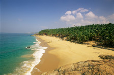 This image has an empty alt attribute; its file name is kerala-beach.jpg