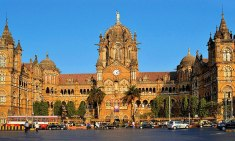 This image has an empty alt attribute; its file name is mumbai.jpg