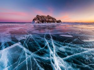 Lake-Baikal-is-Simply-Unbelievable