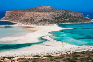 paralies-sta-chania-fantastic-panorama-of-balos-lagoon-and-gramvousa-island-on-crete-greece-cap-tigani-in-the-center-91-7b55